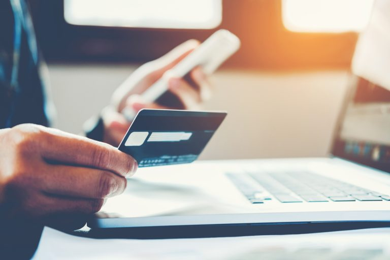 phone bill affect your credit score